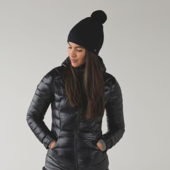 lululemon athletica Accessories - Lululemon Snow Amazing Toque *Sherpa